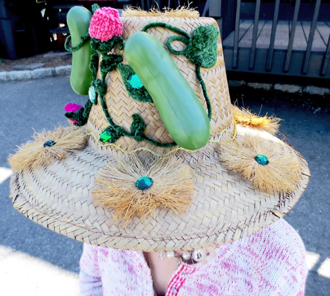 DIY craft pickle hat detail