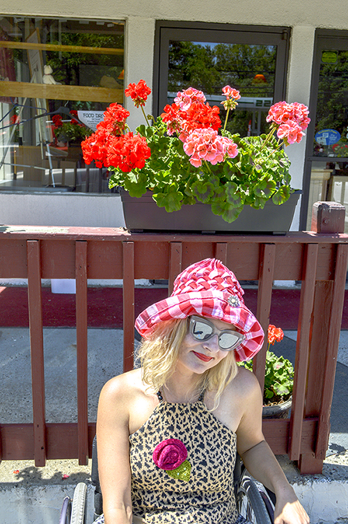 red white gingham vintage hat streetstyle