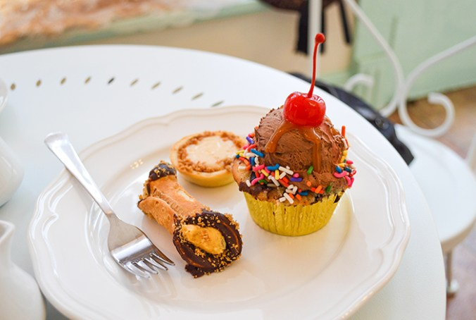 Ice cream sundae cupcake with pumpkin cannoli and lemon tart