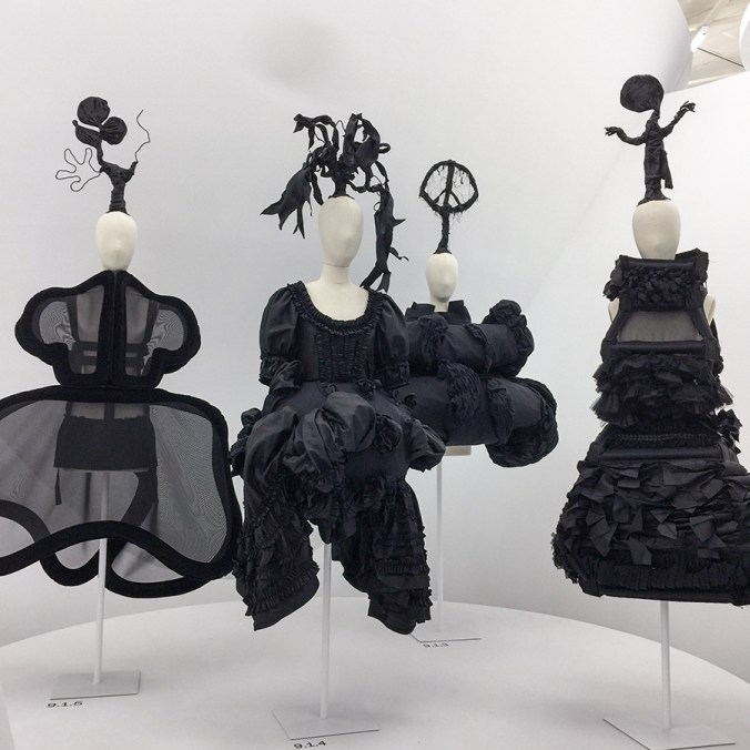 Comme des garcons FORM - FUNCTION at the MET