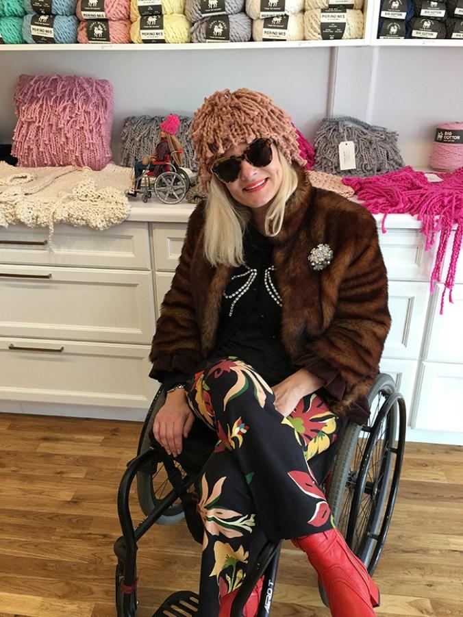 wheelchair knitter at Loopy Mango in Beacon NY