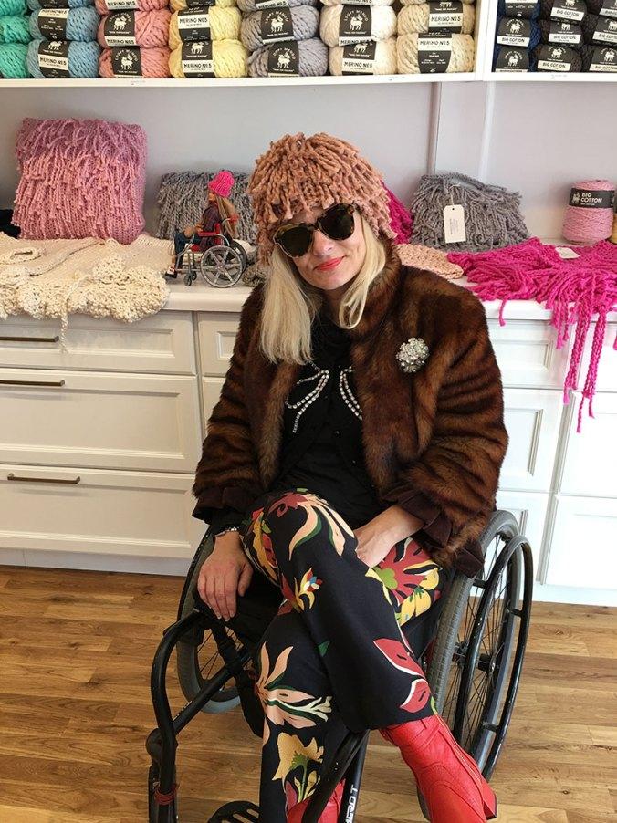 Wheelchair fashion blogger in Loopy Mango Beacon NY