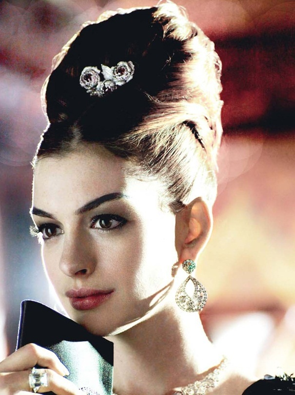 Elegant Beehive Hairstyles For Your Vintage Look Pretty
