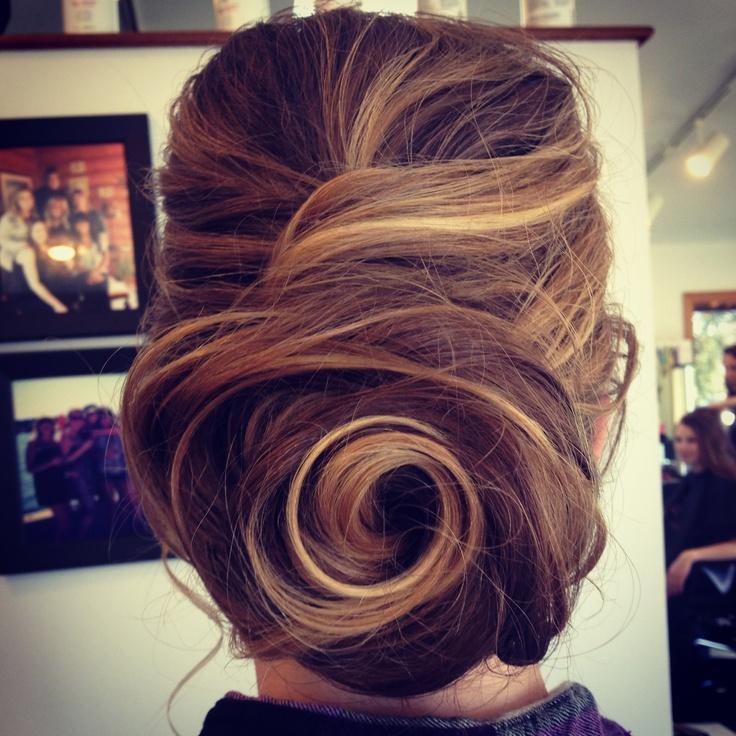 Vintage Look To Glam Swirl Hair Designs Pretty Designs