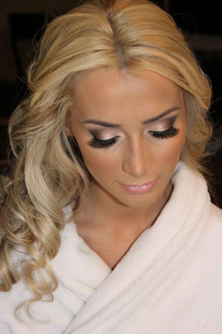 Wedding Makeup For Blonde Hair Blue Eyes