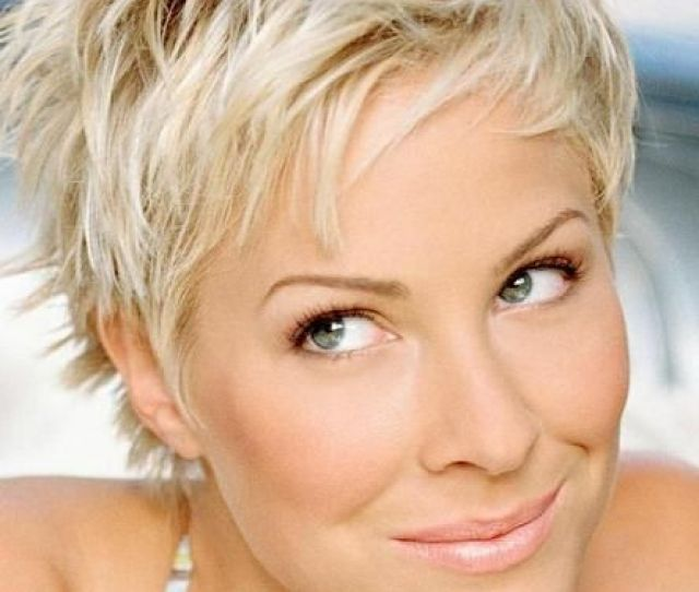 Stylish Short Hairstyle For Women Over