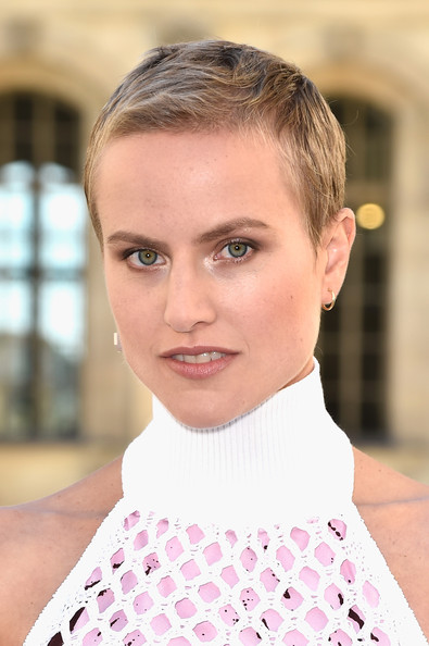 2015 Most Fashionable Celebrity Short Hair Styles Pretty