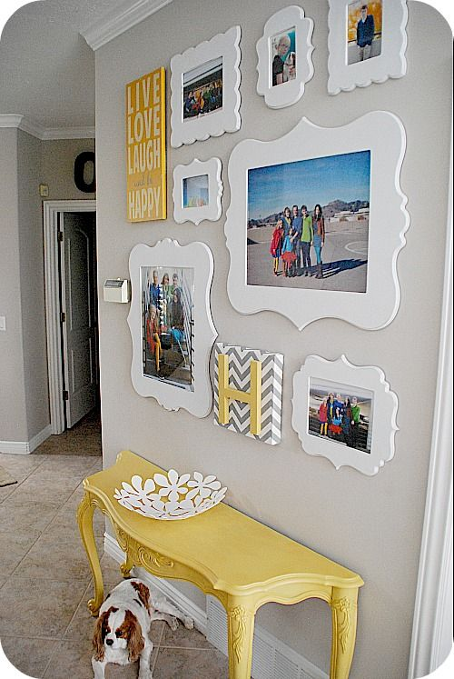 15 Ideas To Display Your Family Photos At Home Pretty