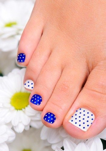 I Have Added Diffe Types Of Fl Nail Designs In Styles And Color Choose The Best One To Make Up Your Feet Look Fabulous