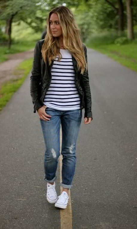 20 Super Casual Styles with Sneakers |Sneakers and Striped Top