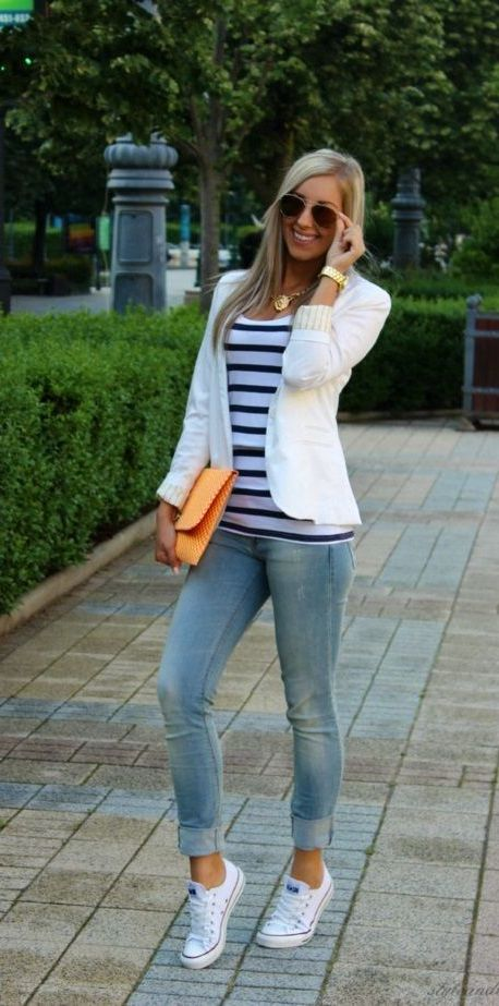 20 Super Casual Styles with Sneakers |Sneakers and a Blazer