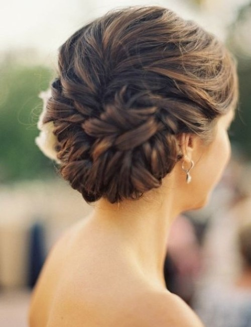 Glamorous Wedding Updos for Brides
