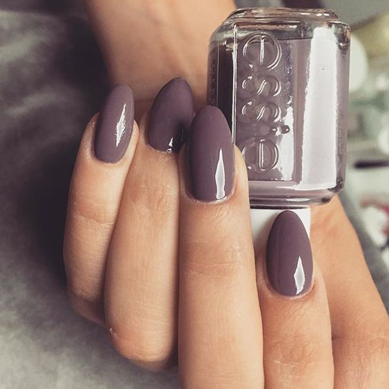 7 Tips to Help Your Nail Polish Dry Faster | Paint in Thin Layers