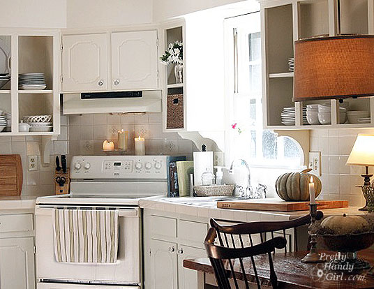 kitchen_with_breakfast_nook