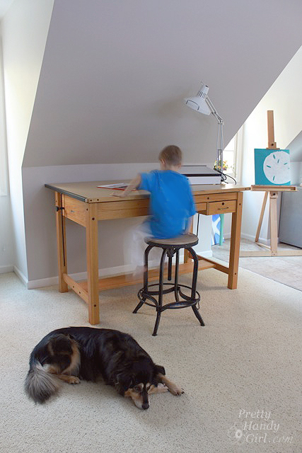 boy_at_drawing_table