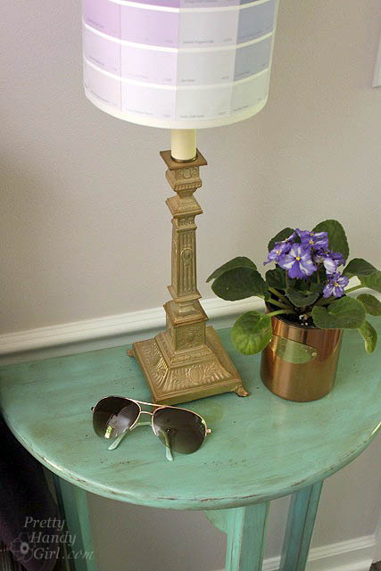 side_table_purple_lamp