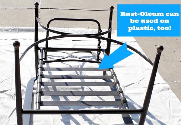 Use Rust-Oleum on plastic