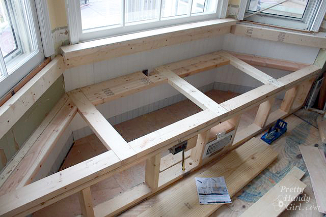 Cool Building A Window Seat With Storage In A Bay Window Pretty Machost Co Dining Chair Design Ideas Machostcouk