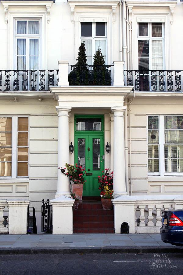 green_door_notting_hill