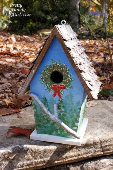 Christmas Wreath handpainted birdhouse | Pretty Handy Girl
