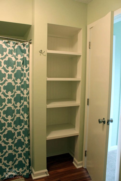 open-closet-shelves-after