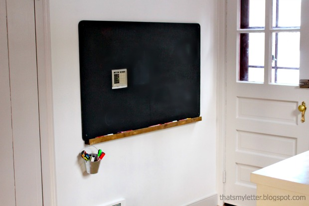 diy wall chalkboard with ledge