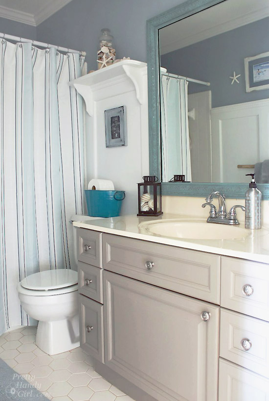 Seaside Theme Bathroom Refresh #LowesCreator | Pretty Handy Girl