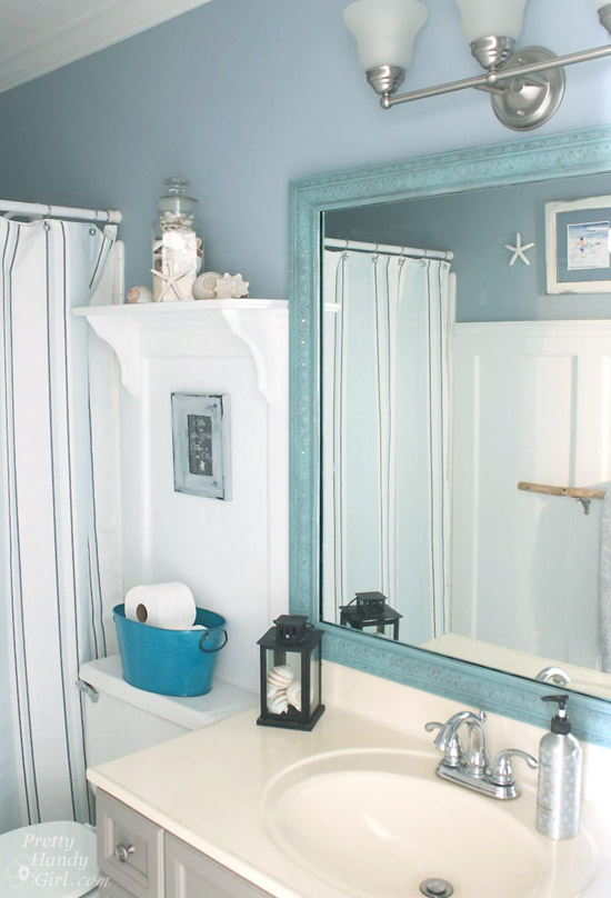 Delicieux Seaside Theme Bathroom Refresh #LowesCreator | Pretty Handy Girl
