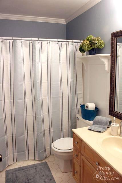 Seaside Theme Bathroom Refresh #LowesCreator   Pretty Handy Girl