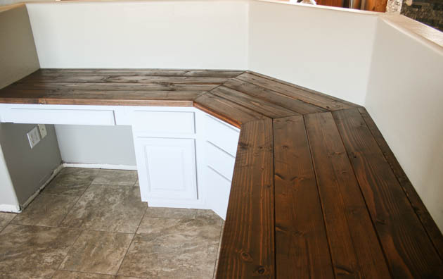Miraculous Build A Wood Plank Desktop For About 40 Interior Design Ideas Helimdqseriescom