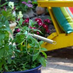 Dragonfly Garden Decor using a Wire Whisk + Skewer