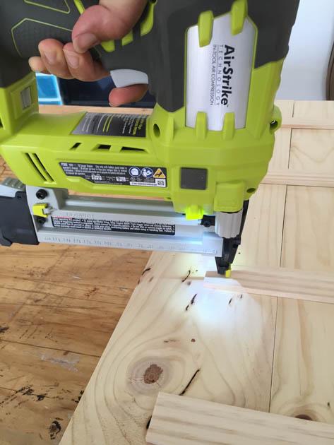 staple-paint-sticks-to-wood