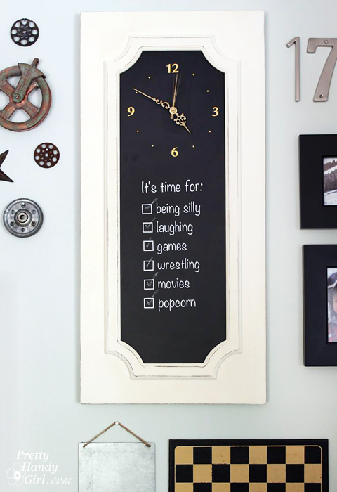 chalkboard paint projects - diy clock sign