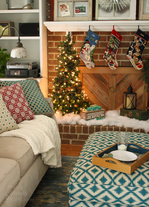 Holiday Home Tour 2015 - Living Room | Pretty Handy Girl