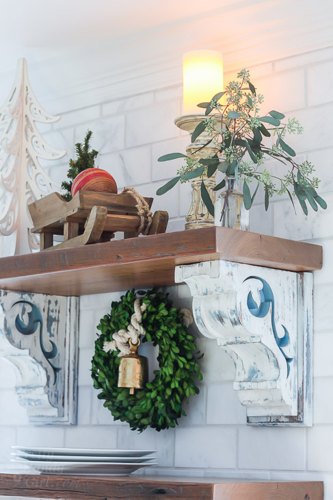 open-wood-shelves-holiday-decor