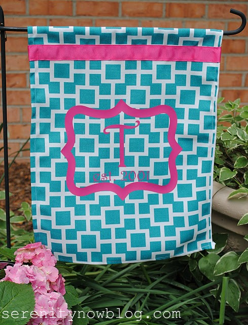 DIY Monogram Garden Flag Sewing Tutorial Silhouette Heat Transfer Project Serenity Now blog