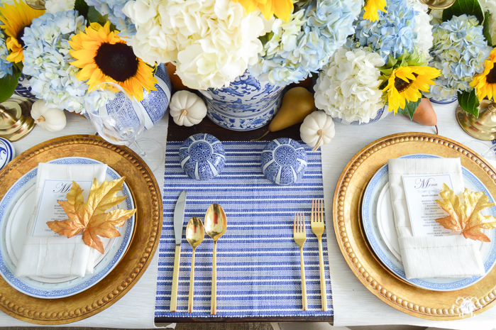 Blue-and-White-Thanksgiving-Table-Idea-with-Sunflowers-and-Hydrangeas-15-Kelley-Nan