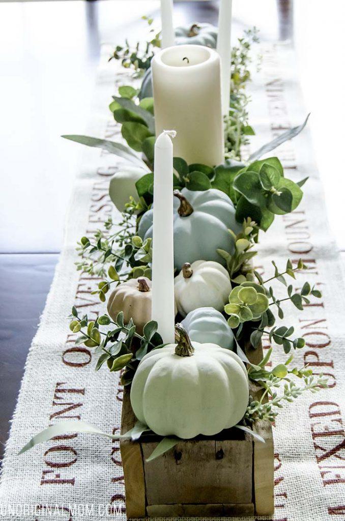 21 Beautiful Fall Table Decorations Pretty Handy Girl