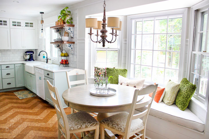 Love this kitchen decorated for fall. You have to see the rest!