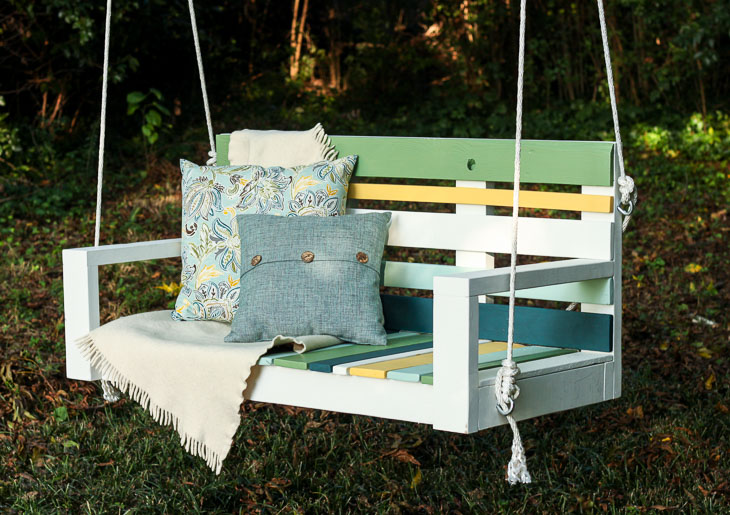 Build a Porch Swing with Pallet Wood