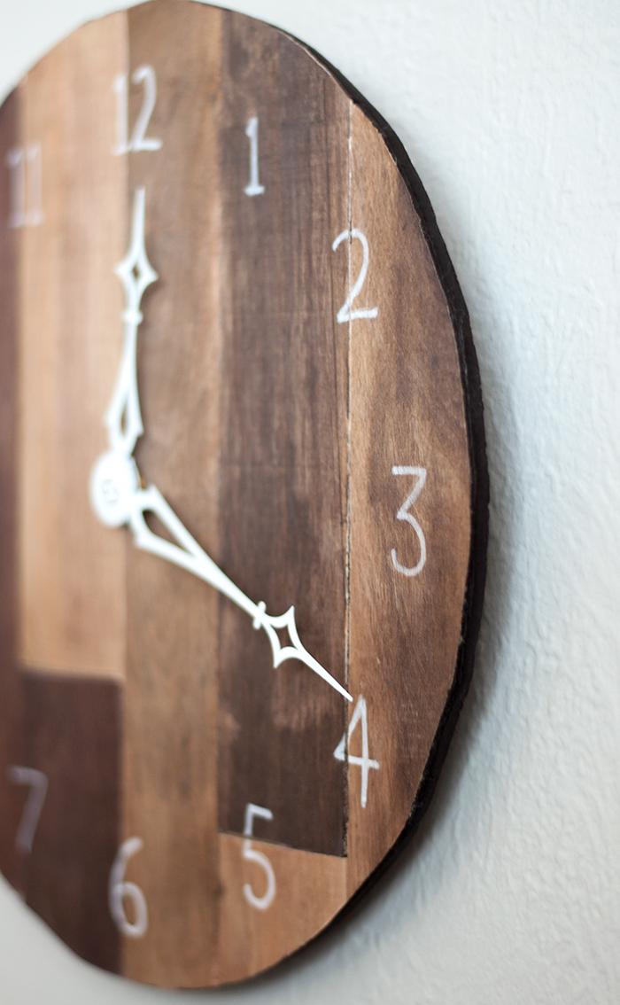 DIY Wall clock from scrap wood