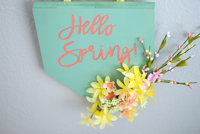 pretty cheerful spring plaque