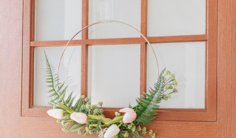 DIY Modern Hoop Wreath for Spring with Florals