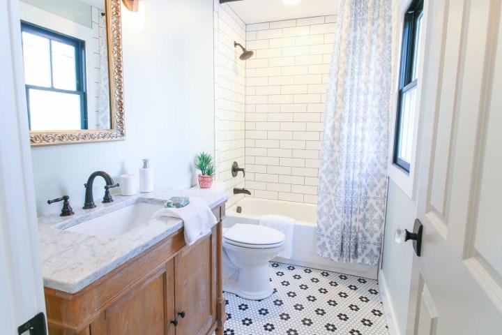 Saving Etta Upstairs Bathroom Reveal Pretty Handy Girl