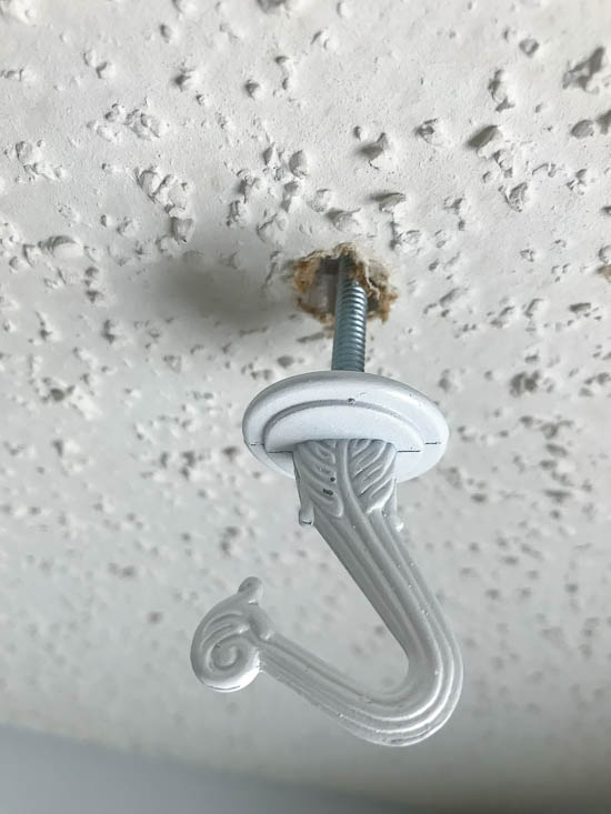Installing ceiling hook with toggle bolt