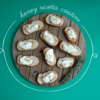 Honey Ricotta Crostini