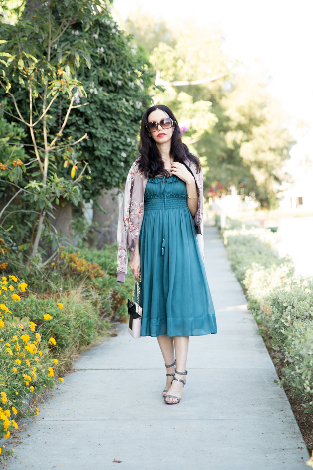 How to Transition a Spring Dress to Fall - Pretty Little Shoppers Blog