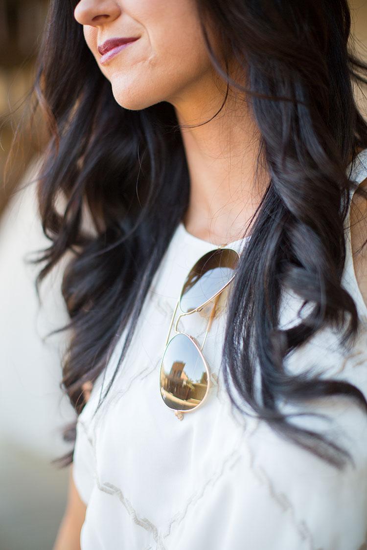 Pretty-Pure-White-Gold3