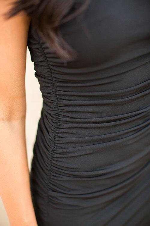 Pretty-Pure-Black-Dress-Chanel3