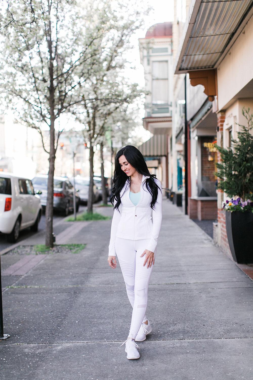 Pretty-Pure-White-Workout5